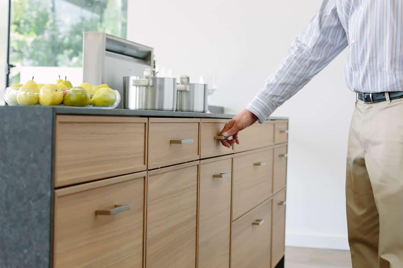 1 cm Kodiak Brown Kitchen