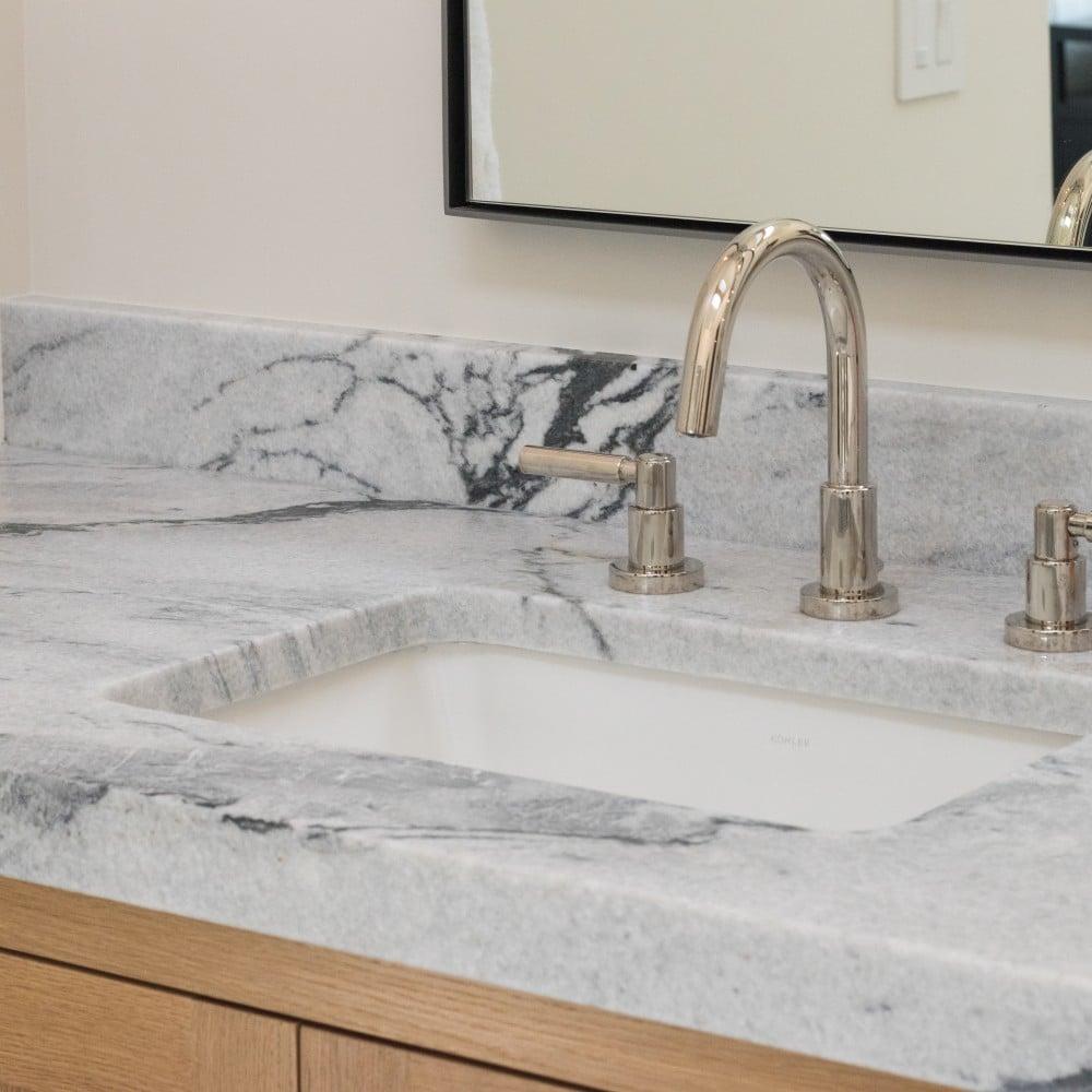 Salle de bain Pearl Grey de Brooke Wagner