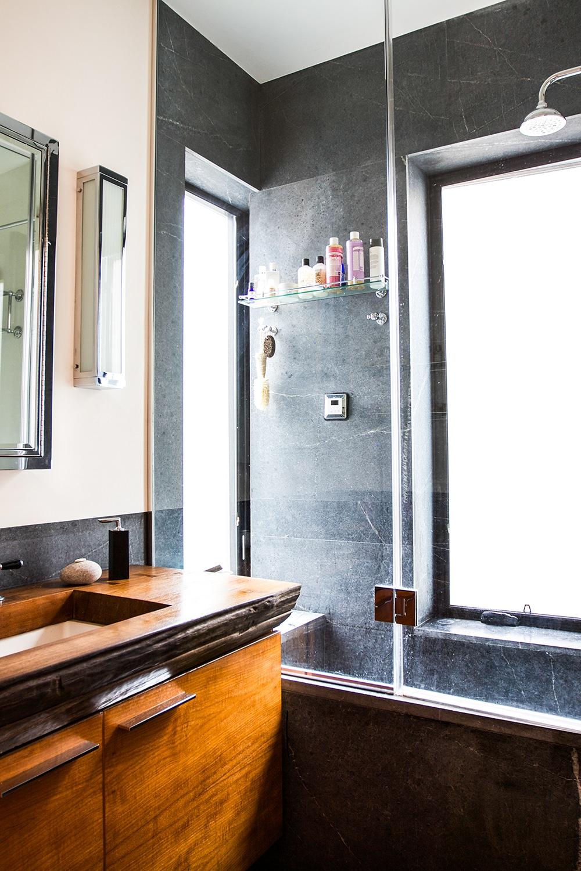 Salle de bain d'un loft